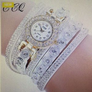 Women's Quartz Rhinestone Watch Bracelet Watch